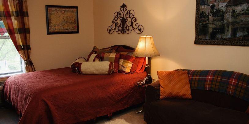 scottish_superior_queen_room
